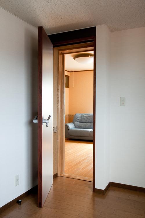 扉を2枚開いた状態